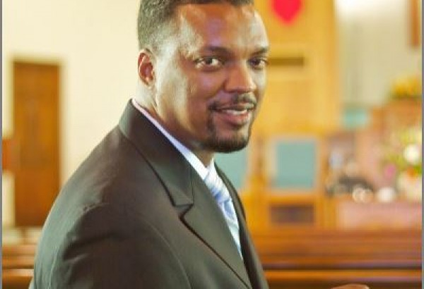 Image of Rev Adron Robinson: Pastor